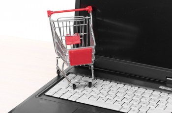 A report from Valassis found that more grocers and supermarket chains expects to use social media marketing and other web channels more frequently moving forward.