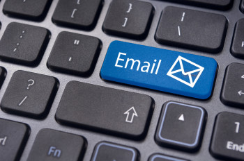 Integrated marketing much? High-quality content can compel site visitors to opt-in for regular email content delivery.