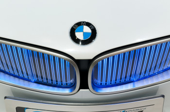 Bmw S Social Strategy Proves The Power Of Visual Content Brafton