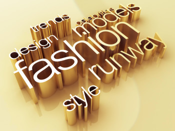 ​Fashion blogs don't always go the extra mile and promote their content via social media networks.
