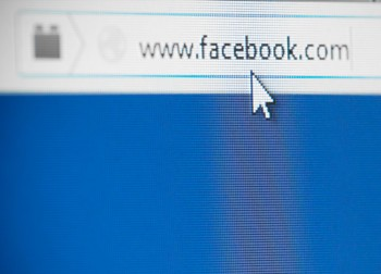 Are Facebook's New Feed layout updates intended to keep up with web layout trends?