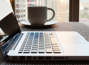As content marketing strategies become more advanced, companies are exploring live blogging as a way to get more from their writing services. Here are our team's tips.