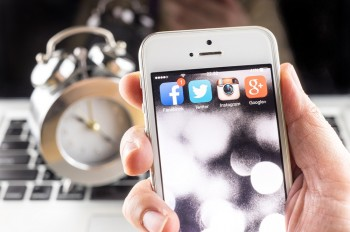 Social media automation - to use it or not to use it? It's a question we face now that marketers have finally realized that a social media strategy is essential to a strong web presence.