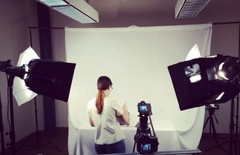 A look at one Brafton client's video blog success, plus a few examples of different approaches you can take for video blogging.