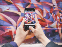 Text isn't the only way to increase the search visibility of your site. Graphics can help too. Here are our 6 tips for increasing the SEO of your images.
