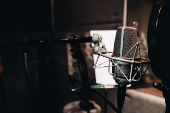 Marketers can learn something from these three podcasts for their own content marketing strategies.