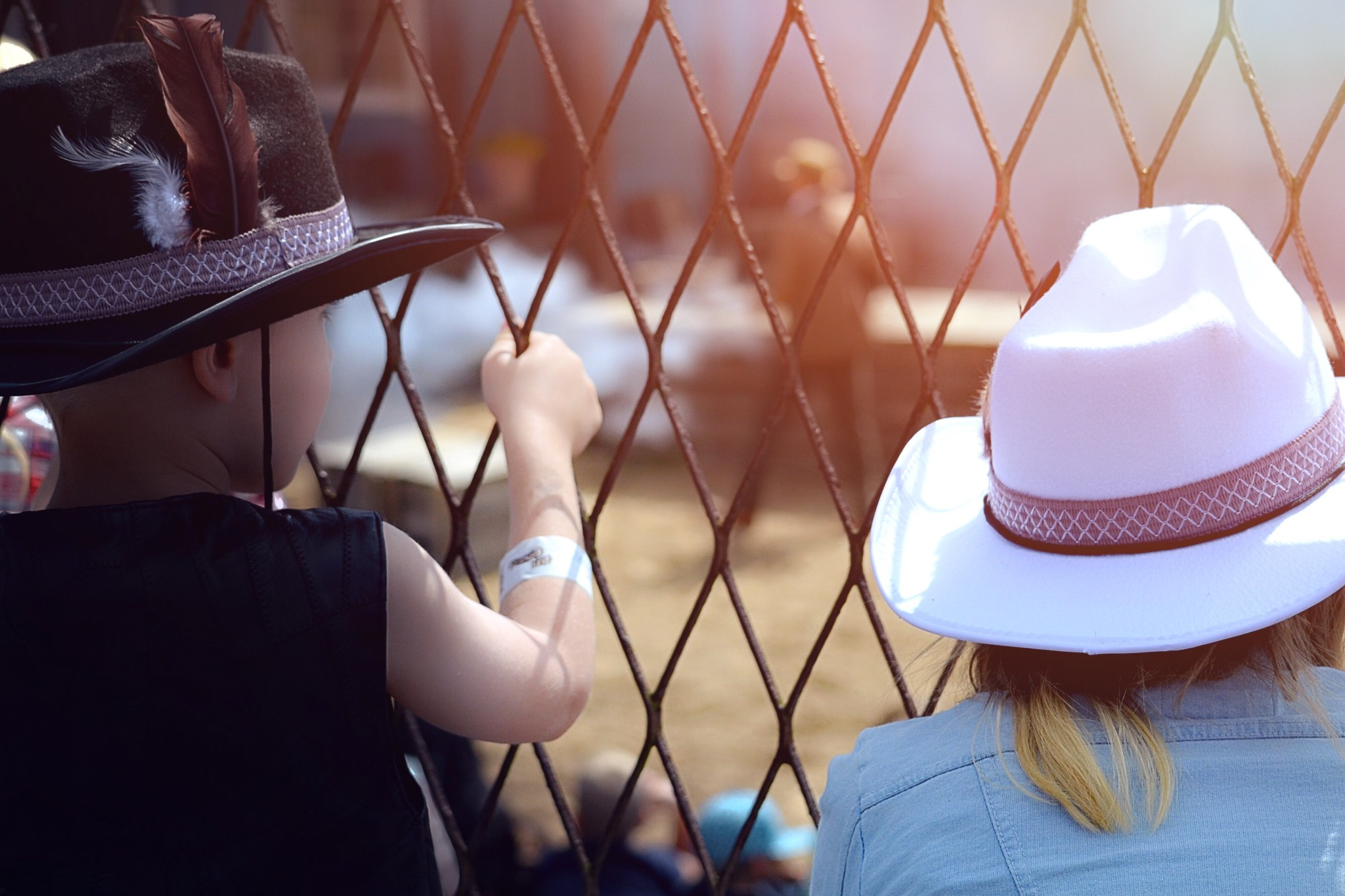 Sartorial style aside, white trumps black hat SEO when it comes to content marketing.